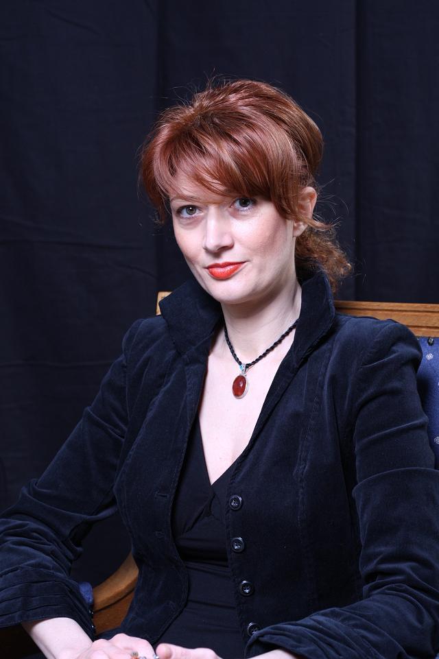 Prof. univ. dr. Ioana Cecilia Popescu - Prodecan al Facultăţii de Marketing - Testimonial - InfoCons - Protectia Consumatorilor