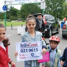 Reprezentantii A.N.P.C.P.P.S. Romania – InfoCons au fost prezenti in Parcul Tractorul din Brasov si au oferit premii participantiilor la diferite activitati