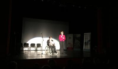 Domnul Sorin Mierlea participă în acest moment la spectacolul de gală 'Oameni aproape invizibili'
