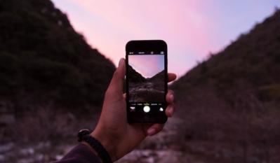Smartphones VS Camere FOTO - studiu comparativ 10 produse de top