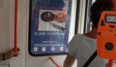 """Diseminare materiale educativ-informative in cadrul mijloacelor de transport public in comun in Municipiul Bucuresti pentru proiectul National """"o9atitudine!"""""""