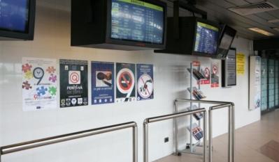 Diseminare materiale educativ - informative in cadrul punctului de informare din reteaua Info EU-RO Bucuresti – Aeroportul Henri Coanda