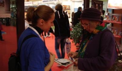 Reprezentantii InfoCons au participat si au impartit materiale informative la Targul de Turism al Romaniei