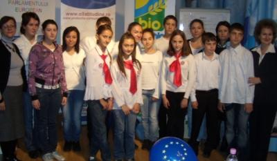 Evenimente organizate la Centrul Info Europa in cadrul activitatilor InfoCons, asociatie de consumatori de educare si informare a elevilor din invatamantul preuniversitar