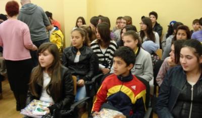 InfoCons participa activ la actiunile dedicate Saptamanii Altfel - Scoala nr 1 Pantelimon