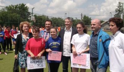 Reprezentantii InfoCons au participat la activitatiile cultural-sportive organizate de Scoala Gimnaziala nr. 3 Stoenesti, judetul Giurgiu – Protectia Consumatorilor