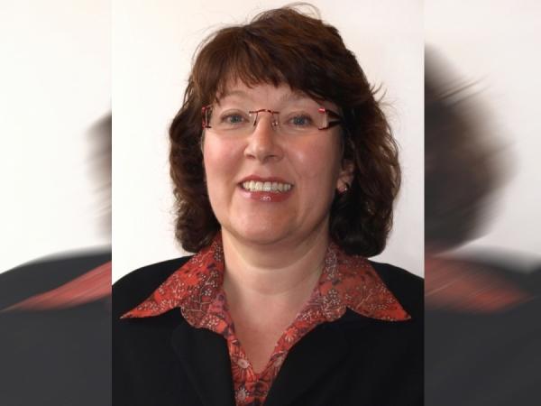 Karin Both - Sef al Consiliului de Consum al DIN
