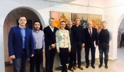 """Președintele InfoCons, Sorin Mierlea, a participat la expoziția de pictură """"Culorile Bucovinei"""""""
