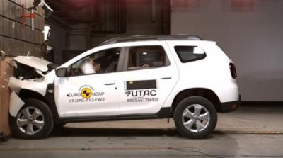 Dacia Duster NU oferă siguranță! Mașina s-a făcut PRAF la TESTELE EuroNCAP