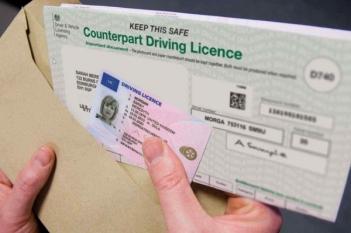 Reînnoirea și preschimbarea permisului de conducere