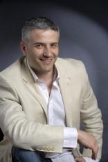 Domnul Sorin Mierlea participă în această seară la Cocktail-ul organizat de Asociația Română pentru Iluminat