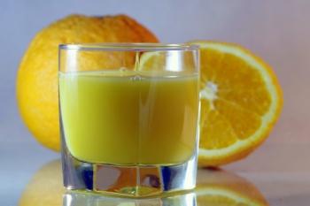 Este sucul de fructe mai sănătos decât băuturile carbogazoase?