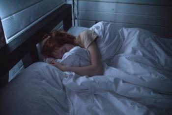 Sfaturi pentru a avea un somn liniștit în nopțile calde