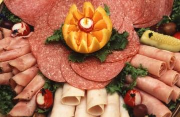 Câtă carne găsim în mezelurile de tip marcă proprie?