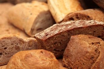 Top 10 InfoCons - Pâinea neagră cu până la 7g de zahăr pentru 100g de produs!