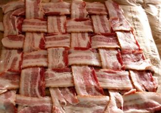 Bacon cu până la 10 aditivi și 4g de sare