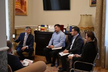 Ședință de lucru între domnul Sorin Mierlea și reprezentanții Agenției pentru Protecția Consumatorilor din Republica Moldovă