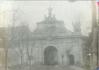 Poarta a III-a a Cetății Alba Carolina, ieri și azi - o9atitudine pentru cultură