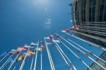 Regulamentul intern al Parlamentului: eurodeputații vor declara toate reuniunile cu grupurile de interese