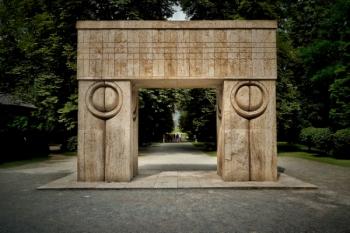 143 de ani de la nașterea sculptorului Constantin Brâncuși