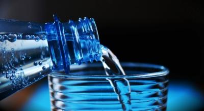 Sfaturi pentru consumatori la achiziția de băuturi răcoritoare și ape minerale