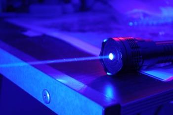 ANPC a dat amenzi de peste 270.000 de lei în urma controalelor privind comercializarea dispozitivele cu fascicul luminos tip laser, în zona București-Ilfov