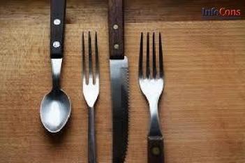 Cuţitele, lingurile şi alte ustensile de bucătărie