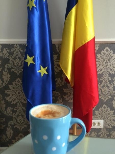 cafeaua decofeinizată te ajută să slăbești)