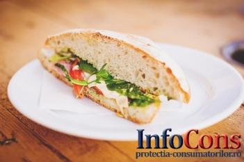 Câte E-uri poți găsi într-un sandviș cu Pâine, Mezeluri, Ketchup, Muștar, Margarină